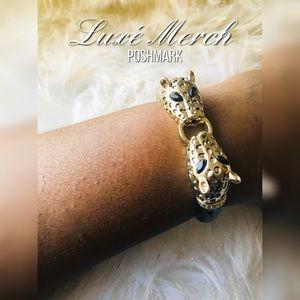 Jewelry - 🆕Vintage🐆 Leopard Cuff Bracelet